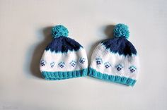 Baby Christmas hats / siblings hand knit fair isle pompom beanie / photo prop / Christmas gift / Set of 2 / Ready to ship