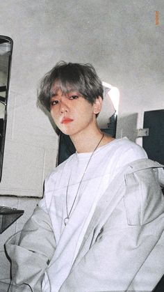 ★☆ 𝑲𝒑𝒐𝒑 𝑰𝒅𝒐𝒍 𝑨𝒔 𝒀𝒐𝒖𝒓. - Baekhyun Exo as your Neighbor 🌹 Baekhyun Photoshoot, Baekhyun Wallpaper, Exo Lockscreen, Kpop Memes, Korean Boys Ulzzang, K Wallpaper, Z Cam, Kim Minseok, Baekhyun Chanyeol
