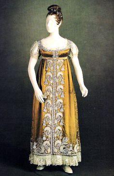 1817 dress worn by Princess Charlotte of Wales