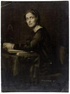 Queen Louise of Sweden, nee Pss Louise Battenberg