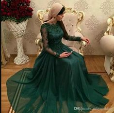 0df68e58f2 2019 Dark Green Muslim Arabic Formal Evening Dresses Hunter A Line Long  Sleeves Lace Appliques Prom Dresses Pageant Party Formal Dress