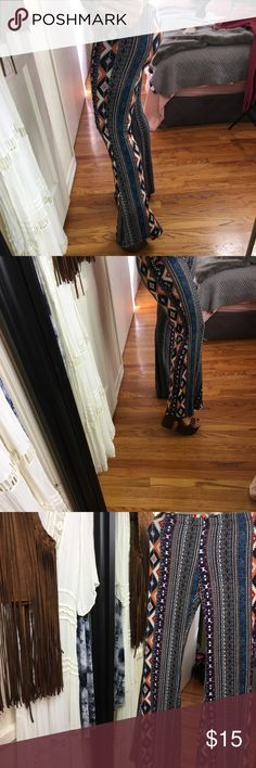 Boho flared bell bottom leggings aztec print Omg these are so cute ! Boho bell bottoms, stretchy leggings in Aztec print. Brand New with Tags ! Pair it with one of my Americana vtg tee's or loose tunic top and of course sky high platforms. Copper Key Pants
