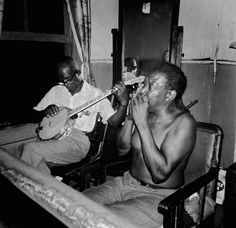 Gus Cannon and Will Shade. Will Shade's apartment, 1962