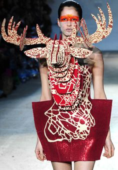 Manish Arora - hmm. I'm not sure where you would ever wear this or if I want a fake animal head mounted to my chest, but it's definitely hardcore.