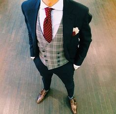 Wedding Suits Men Style Menswear 17 Ideas For 2019 Mens Fashion Suits, Mens Suits, Costume Classe, Gilet Costume, Blazer Outfits Men, Style Masculin, Designer Suits For Men, Groom Attire, Groom Outfit