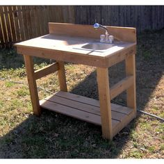 Brand New 4 Foot Cedar Potting Bench with Sink This potting bench is made from real cedar wood with Fish Cleaning Table, Fish Cleaning Station, Potting Bench With Sink, Potting Tables, Diy Bench, Diy Desk, Bench Swing, Outside Sink, Garden Sink