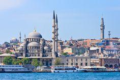 crucero por el Bósforo y visita al mercado de especias egipcio con cena y espectáculo turcos