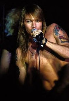 Young Axl Rose... Before the drugs took their toll