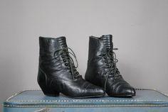 Vintage VICTORIAN Black Leather