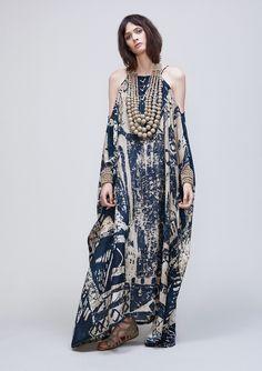 tribal-print-antique-parchment-silk by Urban Zen Moda Fashion, Hijab Fashion, Womens Fashion, Look Boho, Bohemian Style, Silk Kaftan, Maxi Robes, Looks Chic, African Fashion