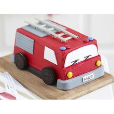 Fire engine recipe - By Australian Women's Weekly, Thrill your child on their birthday with this adorable (and delicious) red fire engine cake. 3rd Birthday Cakes, Third Birthday, Birthday Ideas, Birthday Parties, Fire Engine Cake, Muesli Bars, How To Make Icing, Cake Board, Celebration Cakes