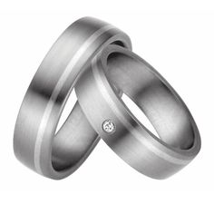 Wedding rings plain with brilliant bicolor 925 / – silver + titanium Source by joolynde Wedding Rings Simple, Wedding Rings Vintage, Wedding Bands, 925 Silver, Sterling Silver, Titanium Rings, Ring Verlobung, Gold, Engagement Rings