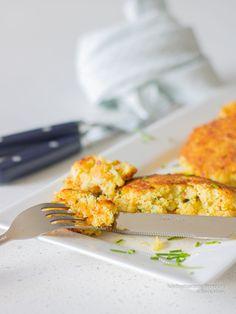 Visburgers van witvis, snel en simpel | KoolhydraatarmRecept.nl Poke Bowl, Risotto, Macaroni And Cheese, Ethnic Recipes, Food, Mac And Cheese, Essen, Meals, Yemek