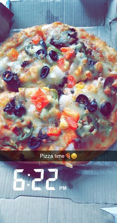 Food Pics, Food Pictures, Snap Quotes, Food Snapchat, Girly Pictures, Beautiful Girl Image, Vegetable Pizza, Chocolate Cake, Cake Decorating