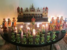 Janamashtami Decoration Ideas, Table Decorations, Wedding Gift Wrapping, Wedding Gifts, Mysore Palace, Diy And Crafts, Arts And Crafts, Indian Dolls, Indian Festivals