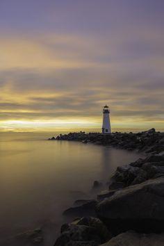 Walton Lighthouse by Nando Albuquerque on 500px