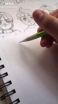 Art Drawings Sketches Simple, Pencil Art Drawings, Cute Drawings, Art Drawings Beautiful, Art Inspiration Drawing, Cartoon Art Styles, Art Sketchbook, Doodle Art, Art Tutorials