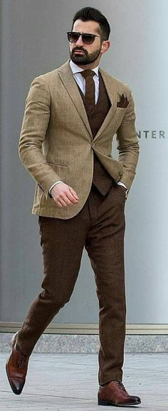 How To Know Perfect Suit Combinations Stylish Suit Combination Ideas For Men Mens Fashion Blog, Mens Fashion Suits, Mens Suits, Suit For Men, Gentleman Mode, Gentleman Style, Suits Outfits, Casual Outfits, Terno Slim Fit