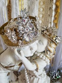 Your place to buy and sell all things handmade Vintage Pearls, Vintage Gifts, Vintage Glam, Crown Decor, Gold Crown, Crown Jewels, Necklace Display, Picture On Wood, Shabby Chic Decor