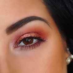 a color pop eye makeup inspo for your daily routine