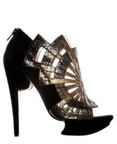 Risultati immagini per shoes