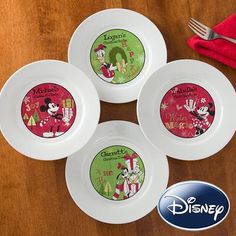 Gift Idea: Personalized Disney Christmas Plates - Mickey, Minnie, Goofy, Donald Duck #pintowinGifts & @Gifts.com
