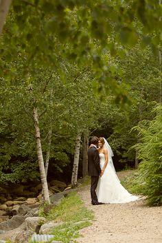 Waterville Valley Resort Weddings | Snow's Brook http://amandaborozinski.blogspot.com