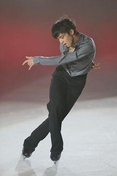 Yuzuru Hanyu 2012.
