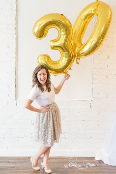 Are you turning 30 or planning a milestone birthday party and need ideas or themes? We have a sweet and classy party for her complete with gold decorations, a photo booth and a dessert table to inspire your event! Classy 21st Birthday, 30th Birthday Party For Her, Birthday Party Tables, Bear Birthday, Birthday Ideas, Diy 30th Birthday Decorations, Party Table Decorations, Gold Decorations, Gold Confetti Balloons