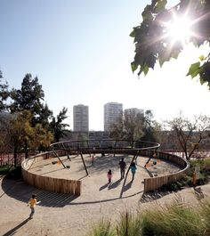 Children's Bicentennial Park / ELEMENTAL
