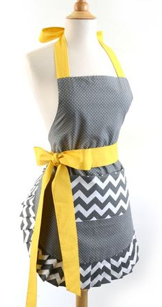 The Chevron Yellow Bow apron was inspired by the great color combo. The Grey and Yellow candy shop theme makes this apron perfect for women . Flirty Aprons, Cute Aprons, Chevron Bow, Yellow Chevron, Retro Apron, Aprons Vintage, Retro Vintage, Retro Chic, Sewing Aprons
