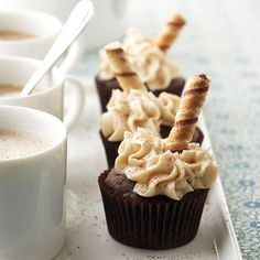cupcakes rezepte Coffee Buttercream frosting tops this java-infused coffee cupcake recipe. One bite will convince you: Our Mochaccino Cupcakes are the perfect harmony of coffee and ch Coffee Cupcakes, Mocha Cupcakes, Yummy Cupcakes, Chocolate Cupcakes, Cappuccino Cupcakes, Flavored Cupcakes, White Cupcakes, Butter Cupcakes, Brownie Cupcakes