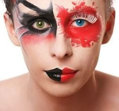 Sweet or spooky Halloween contact lenses and invent ideas - Decoration 4 Mask Makeup, Makeup Salon, Costume Makeup, Makeup Tips, Eye Makeup, Halloween Contacts, Halloween Face Makeup, Spooky Halloween, Rimmel