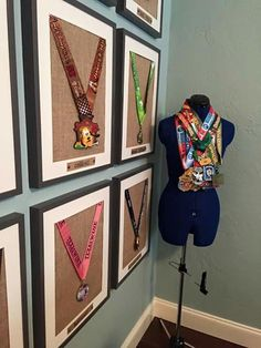 Race medal display for when I have my dream workout room. Runner Medal Display, Trophy Display, Award Display, Trophy Shelf, Running Bibs, Running Medals, Race Medal Displays, Display Medals, Race Bib Display