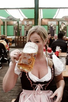 Smiling While Drinking: An Imp is listed (or ranked) 40 on the list The 100 Sexiest Dirndl Girls in Oktoberfest History Oktoberfest Outfit, Oktoberfest Party, Oktoberfest History, Oktoberfest Hairstyle, Munich Oktoberfest, Paulaner Bier, Octoberfest Girls, Beer Maid, Happy Hour