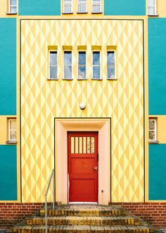 Next Doors - tuvakleven: Bruno Taut // Gartenstadt Falkenberg, Berlin by Tuva Kleven More on Behance - Contemporary Doors, Contemporary Apartment, Contemporary Wallpaper, Contemporary Classic, Contemporary Office, Contemporary Garden, Contemporary Bedroom, Contemporary Architecture, Contemporary Furniture