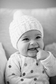 Baby in black & white (soooo adorable!)