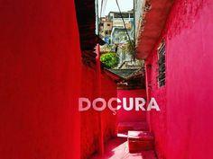 coletivo BoaMistura e a intervenção urbana com pintura tridimensional numa favela de SP.