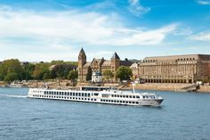 River Cruising Family-Style