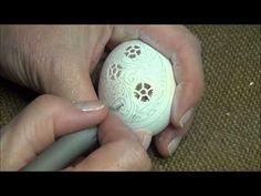 ▶ Кружевная резьба по скорлупе :) - YouTube Beautiful handcarved eggshells!
