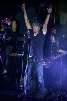 Enrique Iglesias Performs at Boulevard Pool at The Cosmopolitan of Las Vegas | Flickr - Photo Sharing!