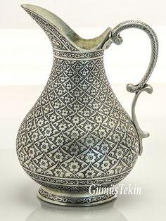 Antique Metal, Antique Glass, Porcelain Vase, Ceramic Vase, Vintage Silver, Antique Silver, Copper Art, Silver Ornaments, Silver Cat