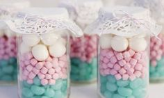 Lolly jars as party favours Wedding Favours, Party Favors, Wedding Gifts, Wedding Souvenir, Door Gift Wedding, Party Bags, Wedding Wishes, Shower Favors, Diy Wedding