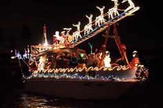 11 Holiday Travel Tips - Tis the Season - Inn at the Beach Christmas House Lights, Christmas Light Displays, Beautiful Christmas, Christmas Trees, Christmas Decorations, Venice Boat, Boat Parade, Leaving Home, Christmas Pictures