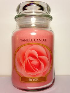 Yankee Candle Pink Rose - 22oz Large Housewarmer Jar Pink Candles, Best Candles, Rose Candle, Candle Wax, Wax Burner, Pink Gifts, Spring Flowers, Mason Jars, Candle Holders