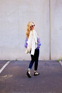 how to wear lace up flats for fall Flats Outfit, Southern Fashion, Lace Up Flats, Winter Looks, Dark Denim, Dress To Impress, Personal Style, Autumn Fashion, Dress Up