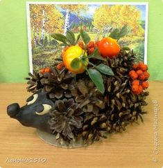Fall Pumpkin Crafts, Autumn Crafts, Autumn Art, Fall Pumpkins, Fun Crafts For Kids, Projects For Kids, Activities For Kids, Arts And Crafts, Pine Cone Crafts