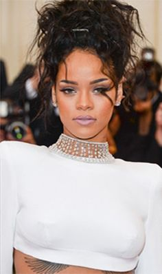 Everything you need to know about hair weaves... literally!