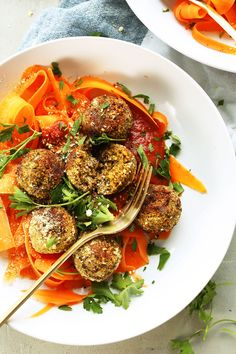 EASY Lentil meatballs! 30 minutes, 10 ingredients, flavorful and hearty! #vegan #glutenfree #healthy #dinner #minimalistbaker