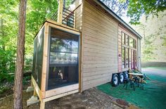 This is the story of how one woman gradually downsized from a four bedroom house, to a one bedroom apartment, and finally to her very own custom designed and built tiny home on wheels that you see …